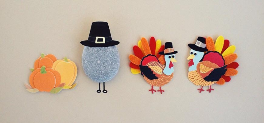 Happy thanksgiving turkeys pumpkins hats