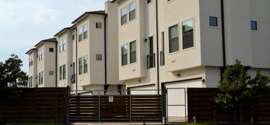 multi family homes gate